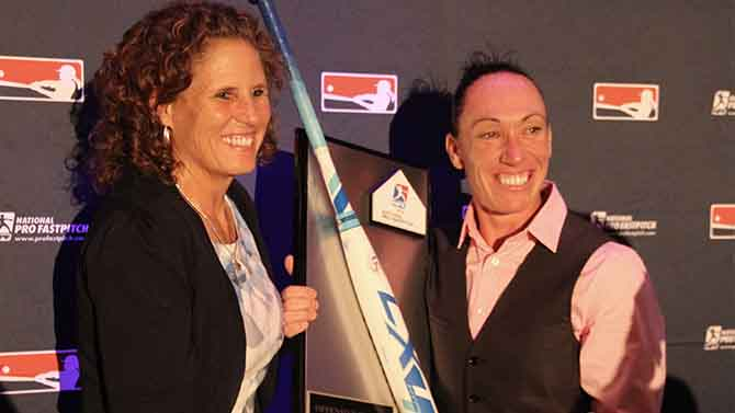 Kelly Kretschman and the USSSA Pride Shine at the 2016 NPF Awards Banquet